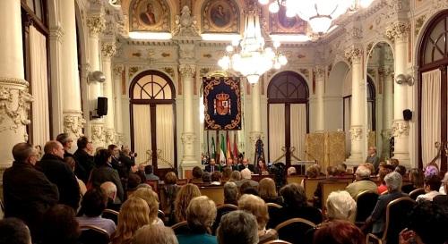 presentacion_acto_casa_consistorial_ayuntamiento_malaga_salon_espejos