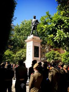 Homenaje_Capitan_Artilleria_Luis_Daoiz_plaza_Gavidia_Sevilla_1808