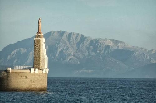 Tarifa_estrecho_frente_a_Marruecos