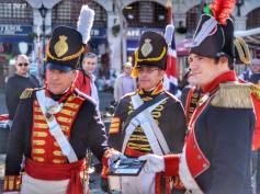Asociacion_Historico_Cultural_Teodoro_Reding_Malaga_desfile_por_las_calles_de_Gibraltar_Regimiento_Suizo_de_Reding_numero_3____